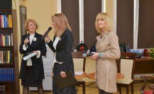 prowadzące spotkanie Anna Kolmer i Helena Kwiatkowska wraz z Wiesławą Markiewicz