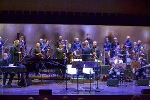 Orkiestra filharmonii Szczecińskiej oraz zespół Radiostatik