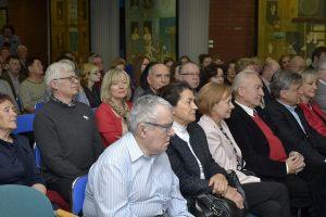 publiczność na spotkaniu z prof. Bogdanem Czerniakiem