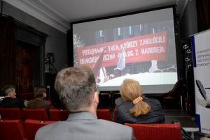 """pokaz filmu dokumentalnego """"Piosenka z kluczem"""" w reżyserii Ewy Szprynger"""